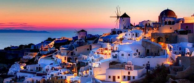 Zobacz wyspę Santorini