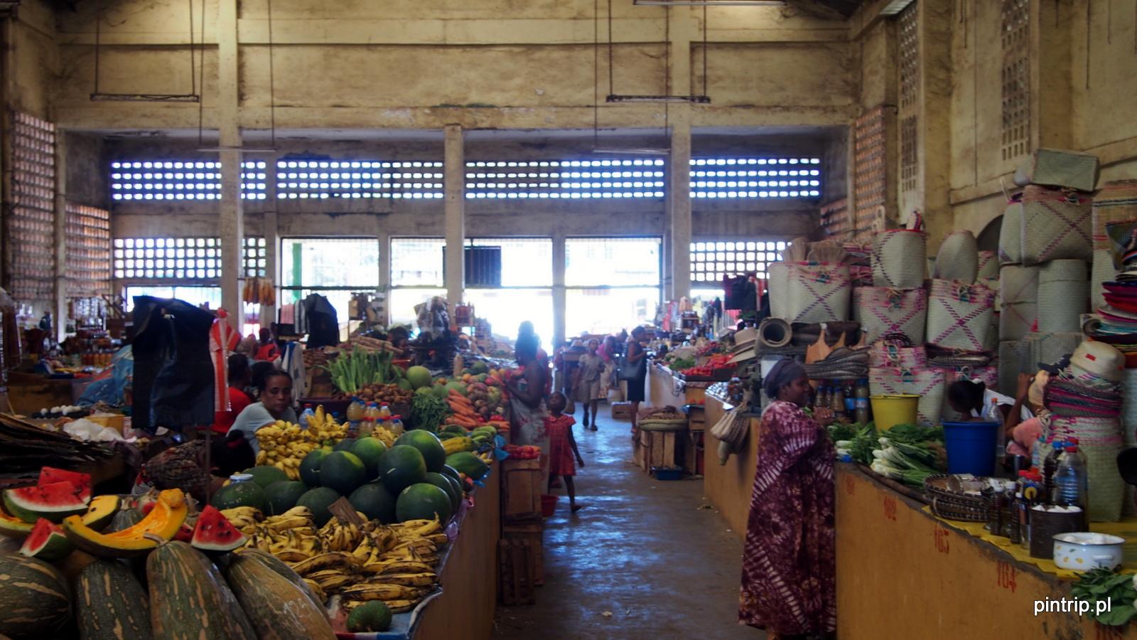 market hellville madagaskar nosy be